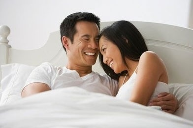 Vì sao đàn ông 40 lại hấp dẫn phụ nữ tuổi 30 về tình dục? - Ảnh 2