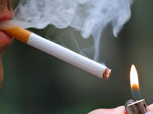 5 thói quen thường gặp khiến phổi 'chết dần chết mòn', nhiều người vẫn vô tư lặp lại hằng ngày - Ảnh 1