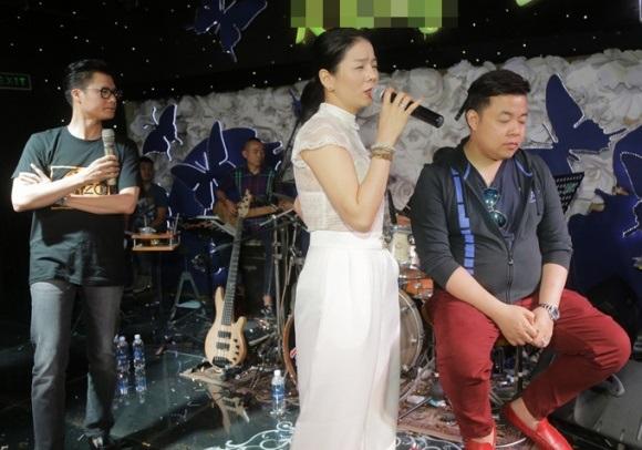 Trái với loạt hình 'nuột nà' trên Facebook, ảnh thực của Quang Lê lại gây choáng thế này - Ảnh 5