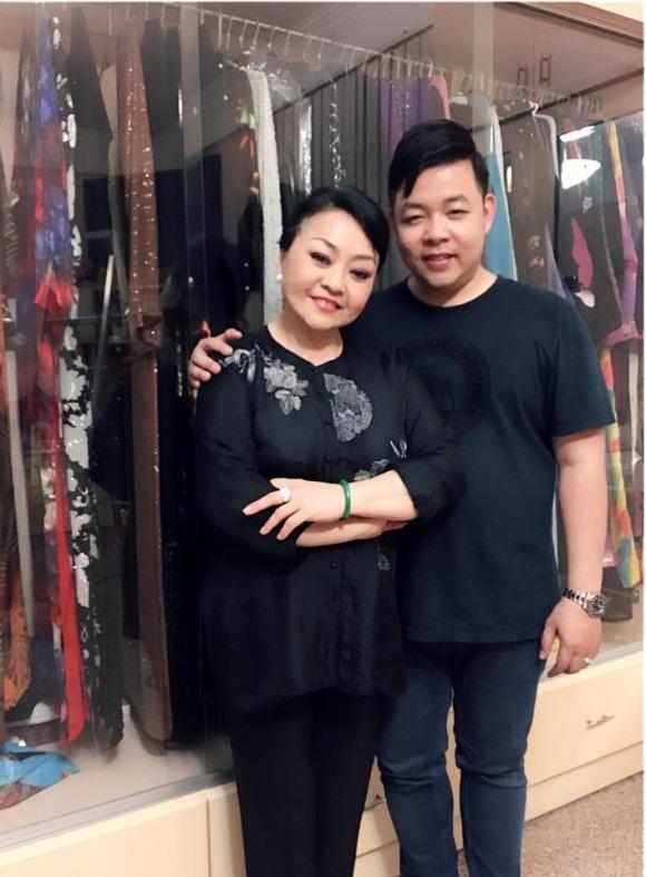 Trái với loạt hình 'nuột nà' trên Facebook, ảnh thực của Quang Lê lại gây choáng thế này - Ảnh 10
