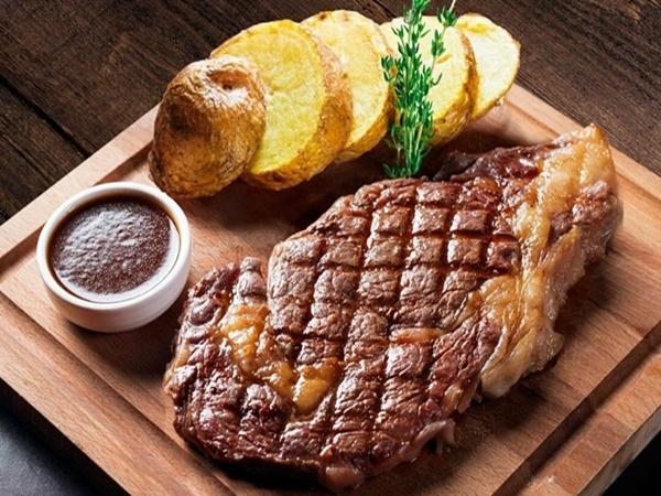 Lợi ích bất ngờ từ việc ăn thịt mỗi ngày