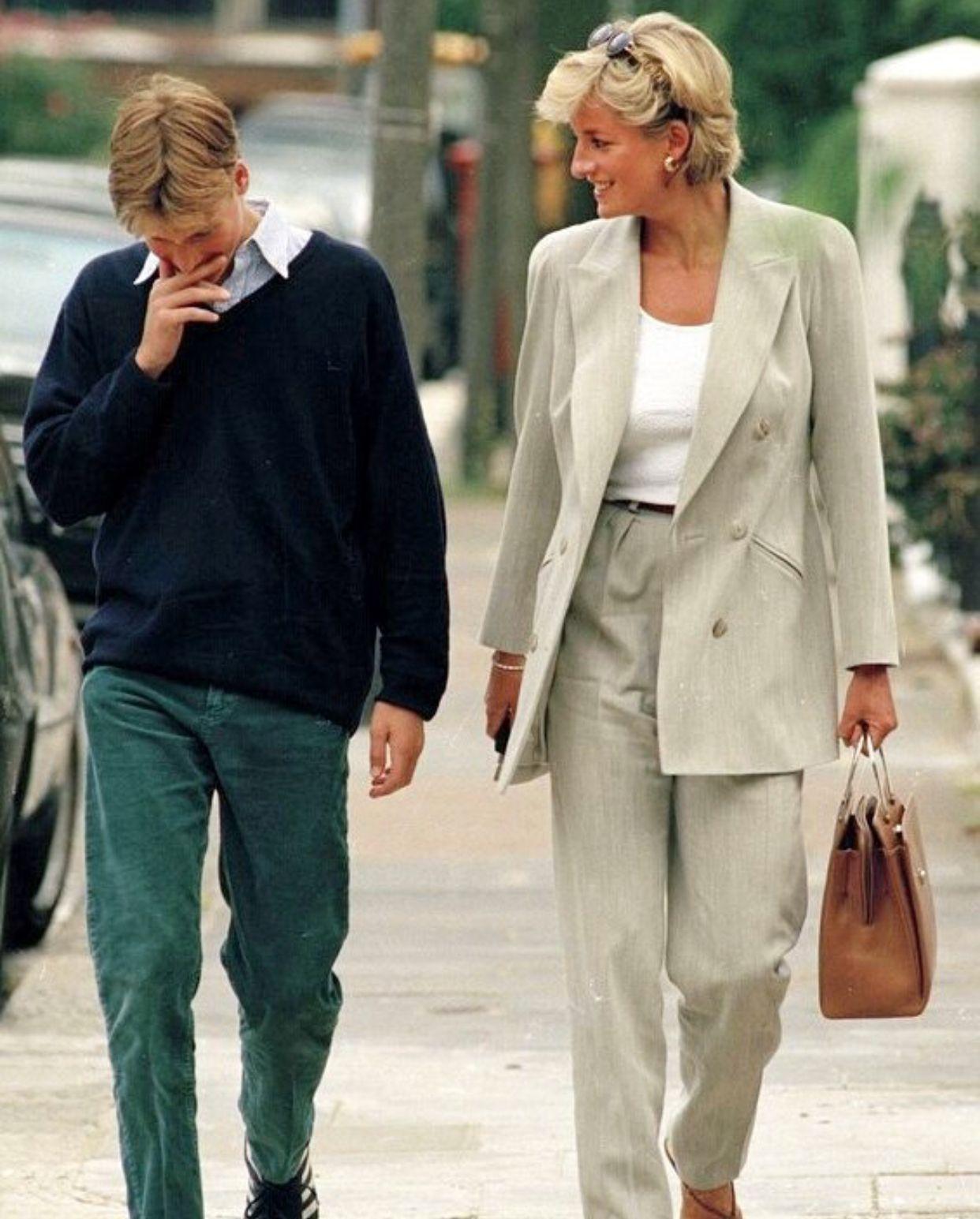 Học Công nương Diana 4 cách diện blazer vừa đơn giản lại chuẩn xịn y chang phong cách Hoàng gia - Ảnh 13