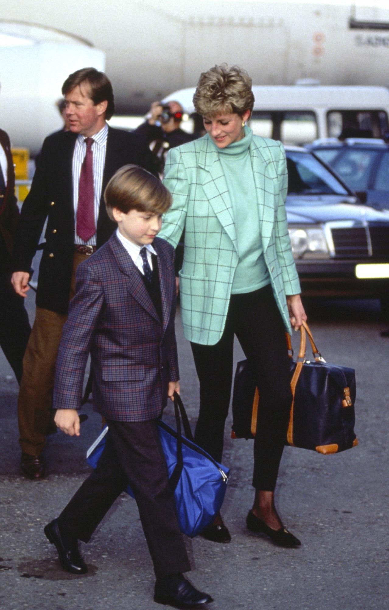 Học Công nương Diana 4 cách diện blazer vừa đơn giản lại chuẩn xịn y chang phong cách Hoàng gia - Ảnh 5
