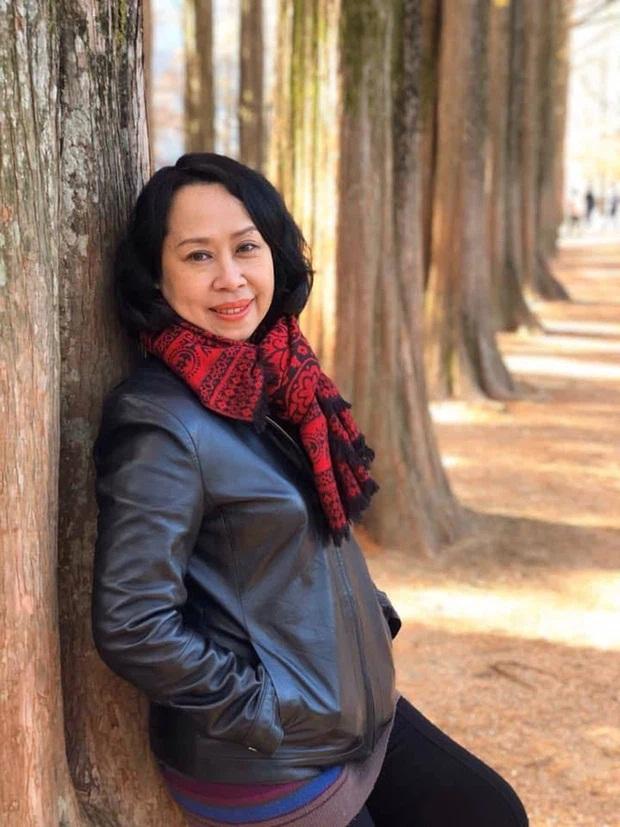 BTV Cẩm Liên qua đời vì ung thư thận, NS Hồng Vân và Lê Giang đau lòng, nghệ sĩ xót xa vì cảnh vắng lặng tại tang lễ - Ảnh 1