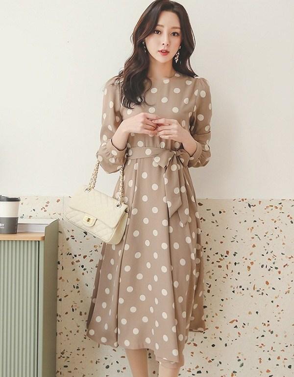 3 mẫu váy cho những ngày trời trở lạnh, chị em mặc vào xinh như hot girl xứ Hàn - Ảnh 8