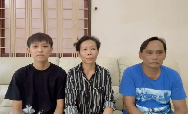 Sau clip 'náo loạn' MXH của gia đình Hồ Văn Cường, Phi Nhung viết 2 từ lên Facebook thôi mà gây xôn xao dư luận - Ảnh 2