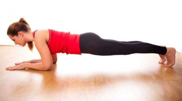 Bài tập plank '2 trong 1' giúp bạn có vòng bụng phẳng lì không cần đến phòng gym - Ảnh 2