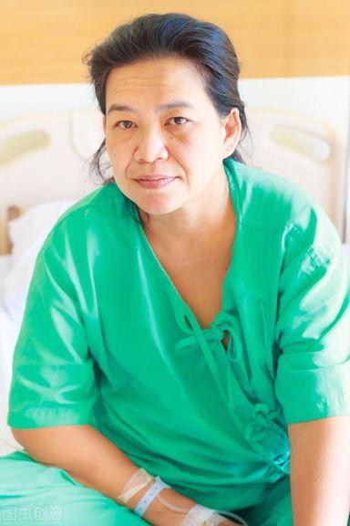 Khối u ung thư giai đoạn cuối biến mất sau 3 năm, người phụ nữ 40 tuổi chia sẻ 4 bí quyết vượt qua ung thư - Ảnh 1
