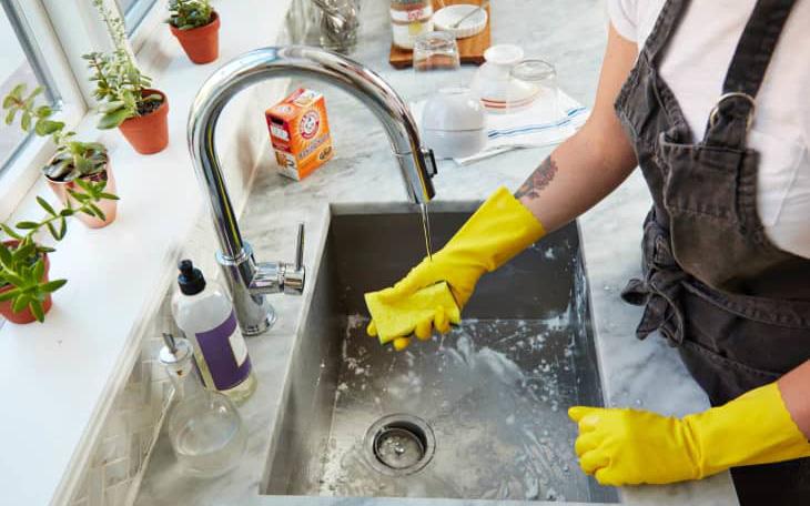 7 điều không bao giờ nên làm với nước rửa bát nhưng rất nhiều người mắc, đặc biệt là số 2 - Ảnh 1