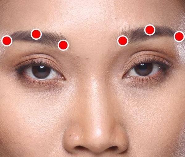 Bài tập 1 phút của người Nhật giúp xóa nếp nhăn quanh mắt - Ảnh 5
