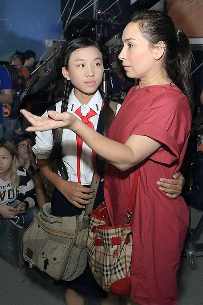 'Chị sinh đôi' của Hồ Văn Cường từng khen mẹ nuôi Phi Nhung là một người tuyệt vời, nói gì về chuyện cát-xê? - Ảnh 2