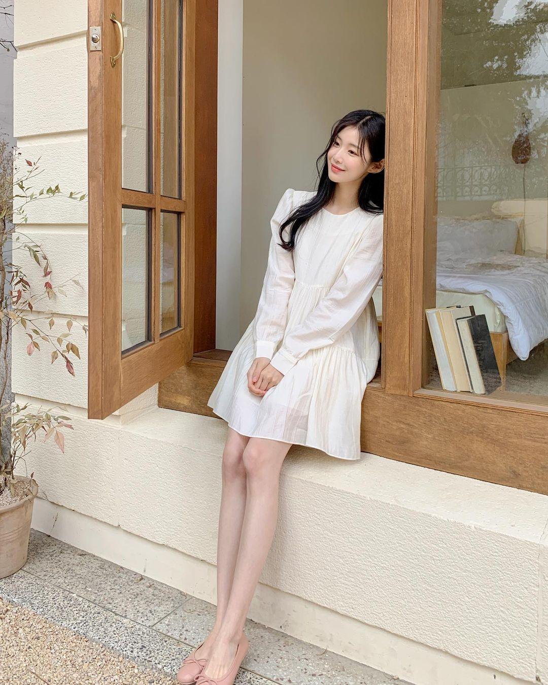 Hè đến là gái Hàn lại diện đủ kiểu váy trắng siêu trẻ xinh và tinh tế, xem mà muốn sắm cả 'lố' về nhà - Ảnh 6