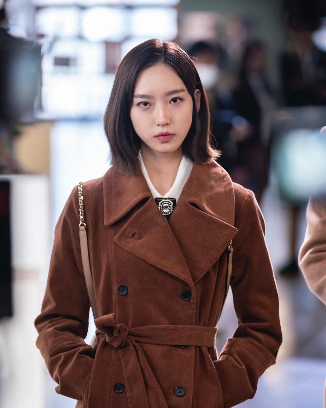 4 màu tóc nhuộm đang hot rần rần trong phim Hàn, chị em áp dụng thì độ sang chảnh lên một tầm cao mới - Ảnh 11