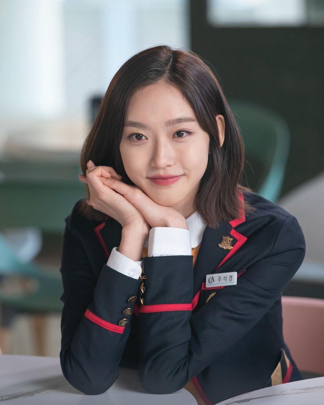 4 màu tóc nhuộm đang hot rần rần trong phim Hàn, chị em áp dụng thì độ sang chảnh lên một tầm cao mới - Ảnh 12