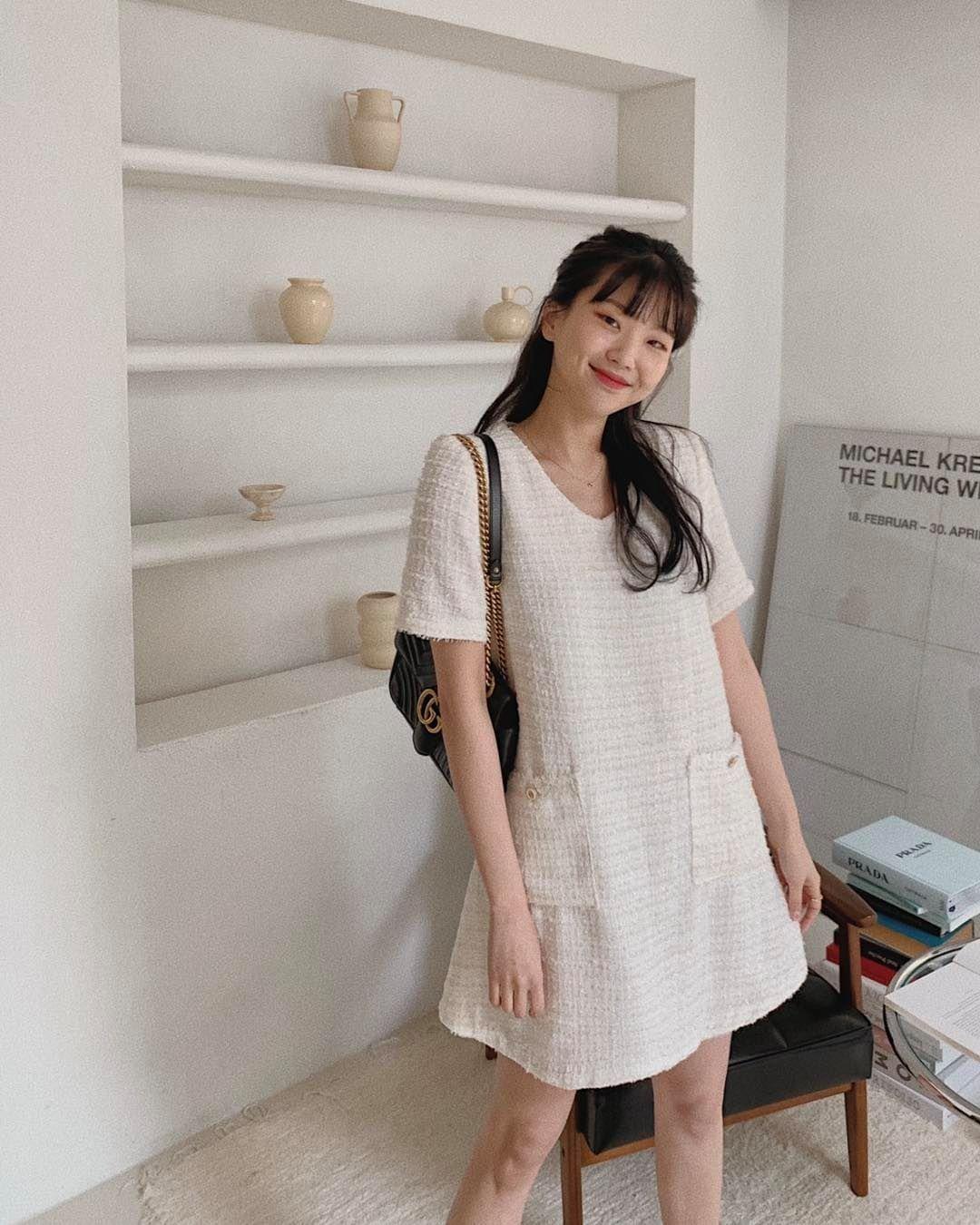 Hè đến là gái Hàn lại diện đủ kiểu váy trắng siêu trẻ xinh và tinh tế, xem mà muốn sắm cả 'lố' về nhà - Ảnh 10