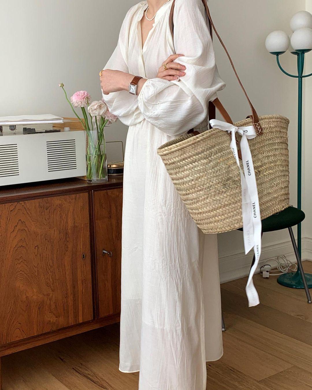 Hè đến là gái Hàn lại diện đủ kiểu váy trắng siêu trẻ xinh và tinh tế, xem mà muốn sắm cả 'lố' về nhà - Ảnh 16