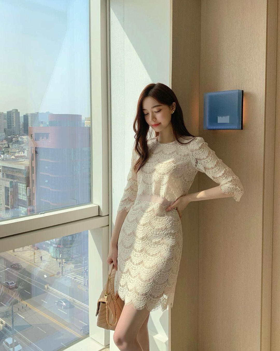 Hè đến là gái Hàn lại diện đủ kiểu váy trắng siêu trẻ xinh và tinh tế, xem mà muốn sắm cả 'lố' về nhà - Ảnh 17