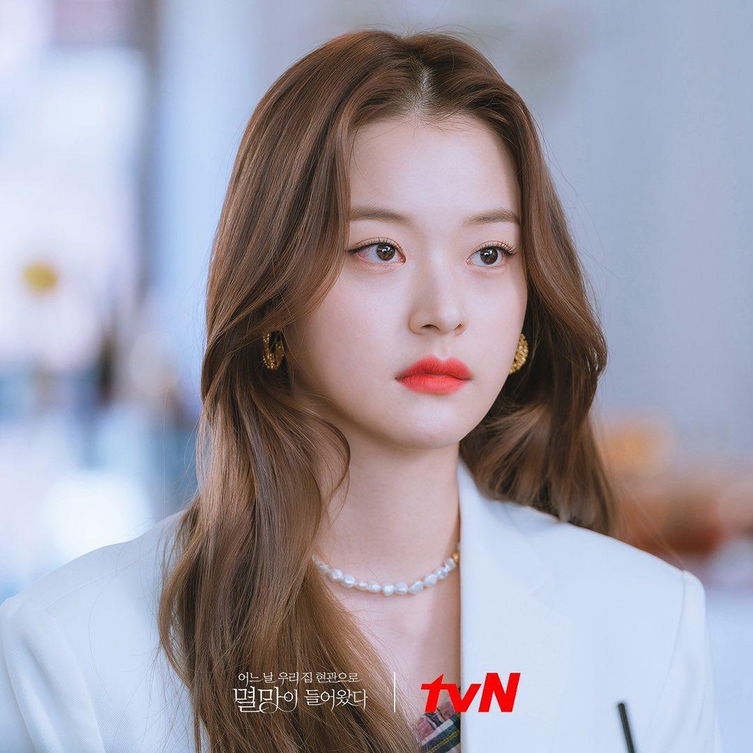 4 màu tóc nhuộm đang hot rần rần trong phim Hàn, chị em áp dụng thì độ sang chảnh lên một tầm cao mới - Ảnh 9