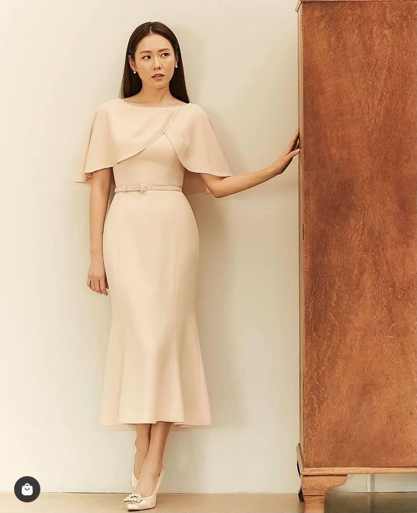 Kiểu giày chân ái của Son Ye Jin: Diện lên vừa hack dáng lại thanh lịch, style công sở sang hơn mấy phần - Ảnh 4