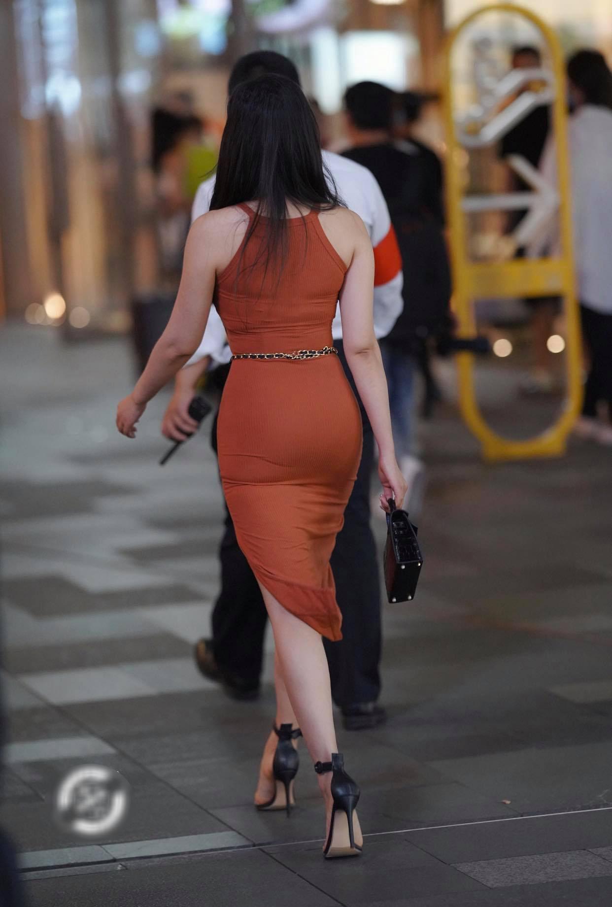 Hot girl đường phố diện đầm body khoe 3 vòng 'căng đét' nhưng biến thành thảm họa vì chọn nội y 'sai bét' - Ảnh 6