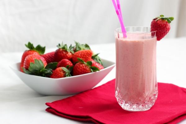 Mùa hè mà chăm chỉ uống 1 trong 5 loại sinh tố này mỗi sáng, chị em sẽ được luôn combo 'da đẹp - dáng xinh' - Ảnh 3
