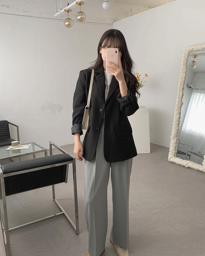 'Bóc phốt' 4 lỗi trang phục cơ bản khiến bạn ngày càng nhàm chán và mặn mòi như một... nồi nước ốc - Ảnh 12