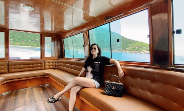 Huyền Baby, Nhã Phương, Bảo Thy: Lấy chồng giàu còn được chiều nhất showbiz Việt - Ảnh 12