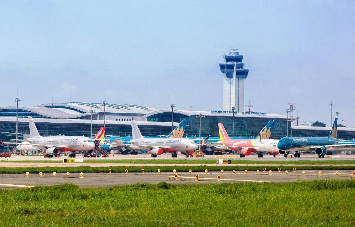 NÓNG: Thí điểm mở lại các đường bay nội địa từ 10/10, phải có biện pháp đảm bảo an toàn tuyệt đối cho các chuyến bay - Ảnh 1