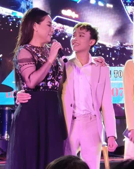 'Cậu IT truyền nhân' bà Phương Hằng tiết lộ tình hình khủng hoảng, rối ren của gia đình Hồ Văn Cường con nuôi Phi Nhung - Ảnh 8