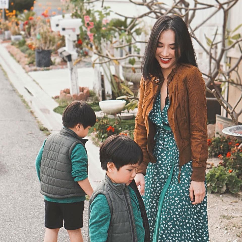 3 cặp song sinh rich kid đáng yêu nhất của các gia đình Việt, toàn 'nam thần nhí' khiến team bỉm sữa thích mê - Ảnh 14