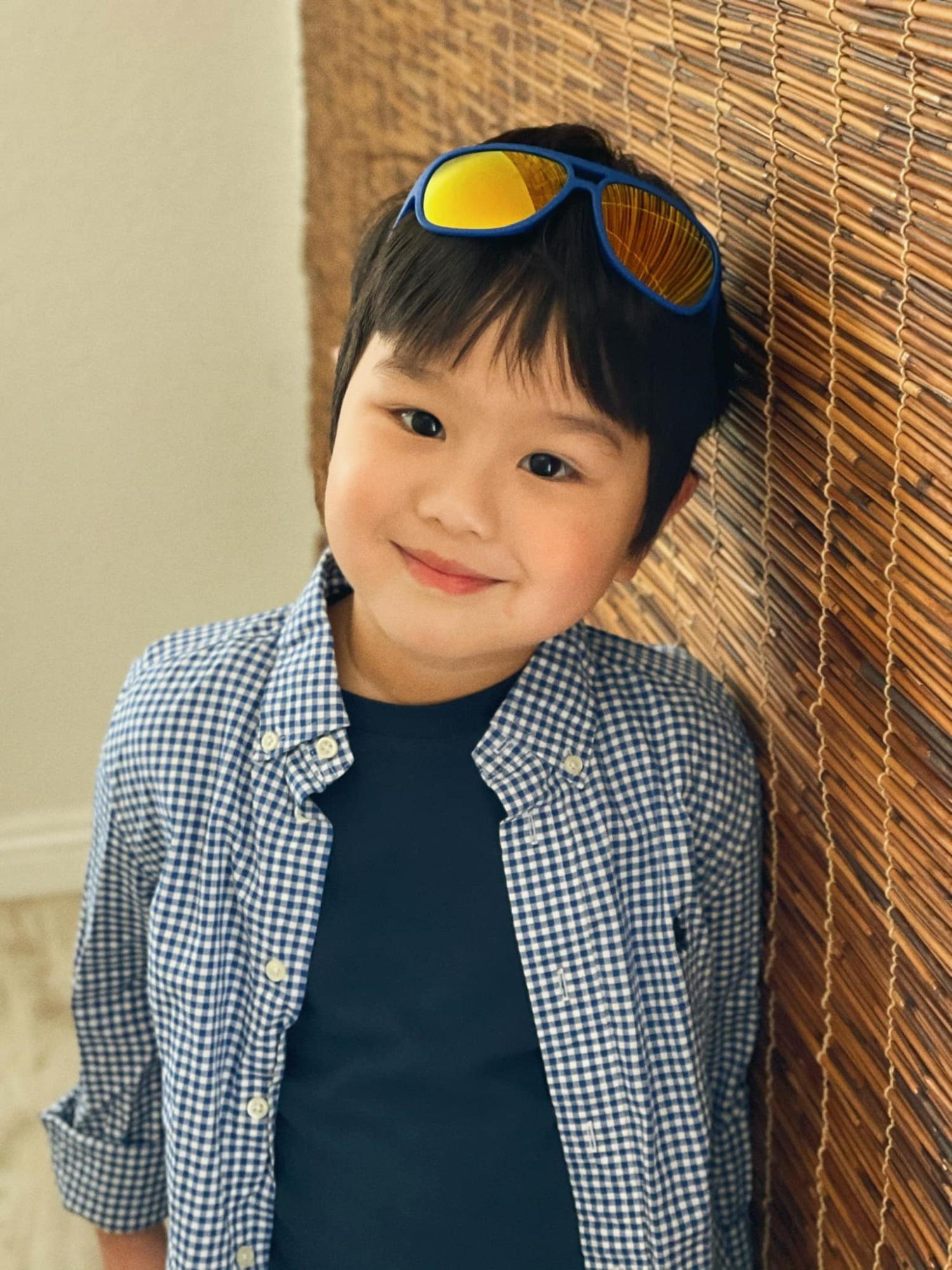 3 cặp song sinh rich kid đáng yêu nhất của các gia đình Việt, toàn 'nam thần nhí' khiến team bỉm sữa thích mê - Ảnh 6