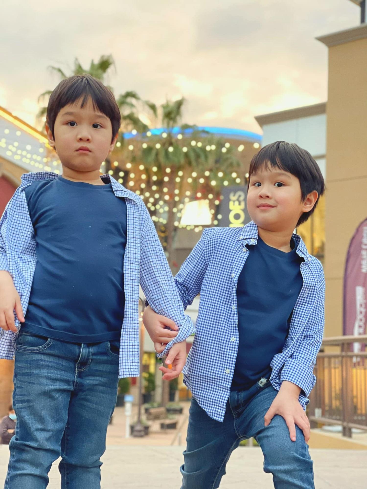 3 cặp song sinh rich kid đáng yêu nhất của các gia đình Việt, toàn 'nam thần nhí' khiến team bỉm sữa thích mê - Ảnh 10