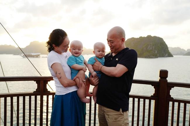 3 cặp song sinh rich kid đáng yêu nhất của các gia đình Việt, toàn 'nam thần nhí' khiến team bỉm sữa thích mê - Ảnh 18