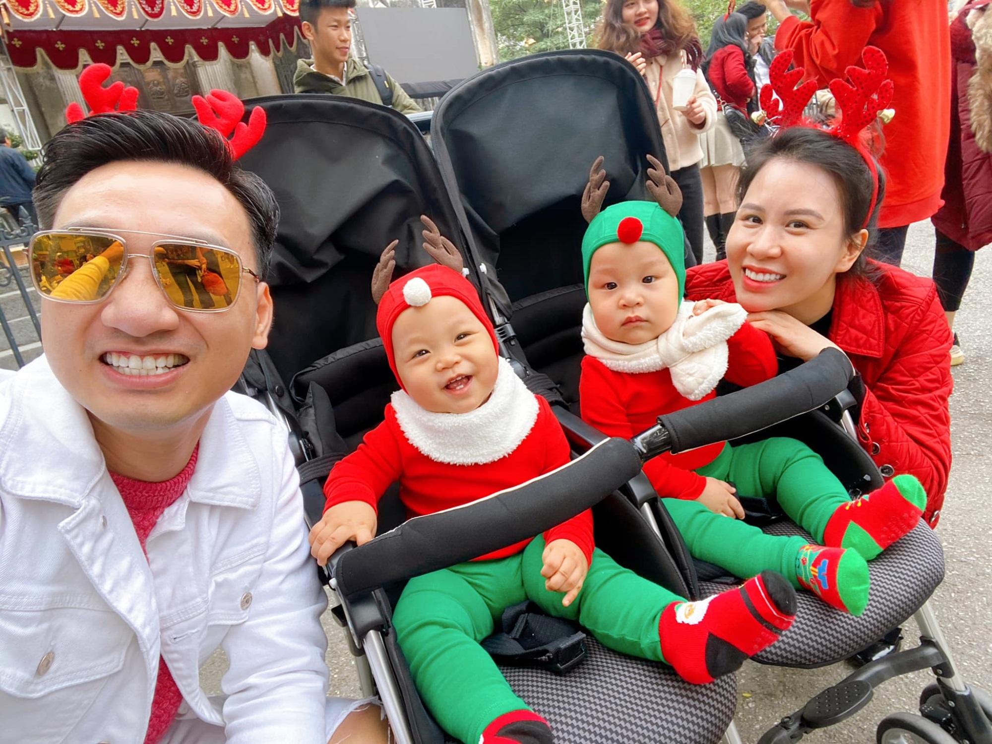3 cặp song sinh rich kid đáng yêu nhất của các gia đình Việt, toàn 'nam thần nhí' khiến team bỉm sữa thích mê - Ảnh 31