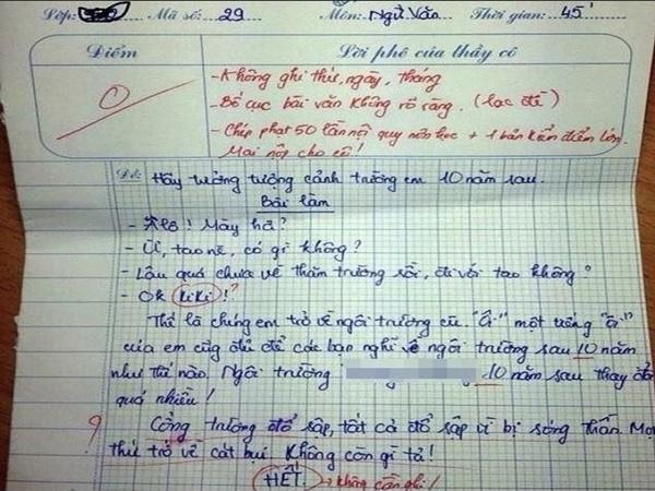 """Bài Văn yêu cầu """"tưởng tượng 10 năm sau trở về trường"""", học sinh nghĩ ra cái kết bất ngờ đến mức cô giáo phê luôn chữ """"lạc đề"""""""