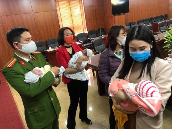 Giải cứu 3 em bé trong đường dây mua bán trẻ sơ sinh sang Trung Quốc