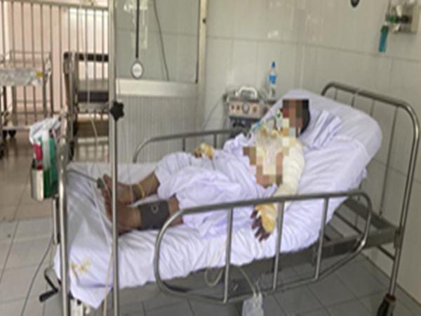 Về vụ người phụ nữ bị gã 'cuồng ghen' khóa cửa ki-ốt tưới xăng thiêu cháy: Một trong hai nạn nhân đã tử vong