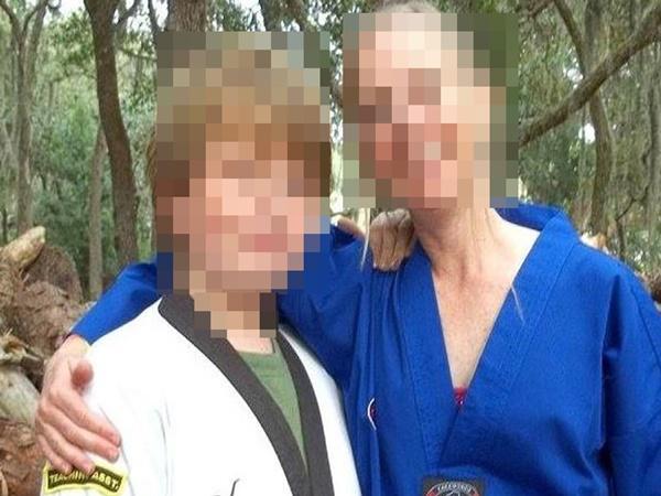 Thiếu niên 15 tuổi giết chết mẹ ruột rồi vứt xác, biết được nguyên nhân khiến mọi người nổi giận