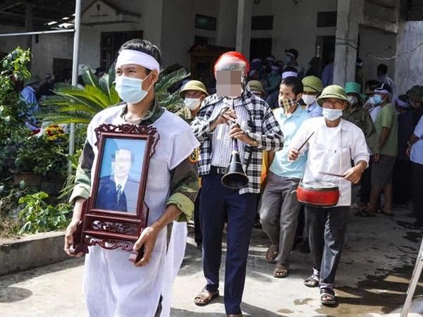 Khung cảnh tang thương tại gia đình bị con rể chém chết ở Thái Bình: Con gái khóc lóc thảm thiết khi mất cùng lúc 3 người thân