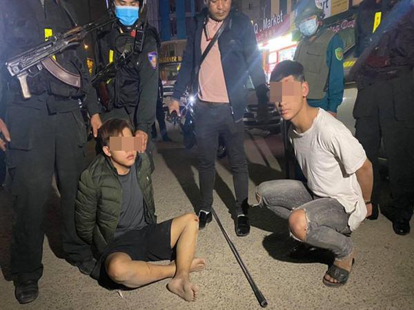 Nổ súng truy bắt nhóm thanh niên lớp 11 mang dao phóng lợn đi 'giải quyết mâu thuẫn'