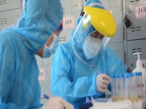 Sau 13 ca nghi nhiễm COVID-19, Kiên Giang xét nghiệm toàn bộ cán bộ, chiến sĩ, nhân viên y tế khu cách ly