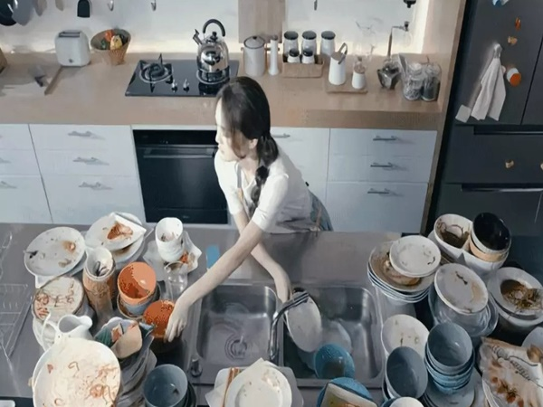 Lần đầu về quê người yêu ăn Tết đã không phải rửa bát, nữ Admin của Yêu Bếp tiết lộ sự thật bất ngờ