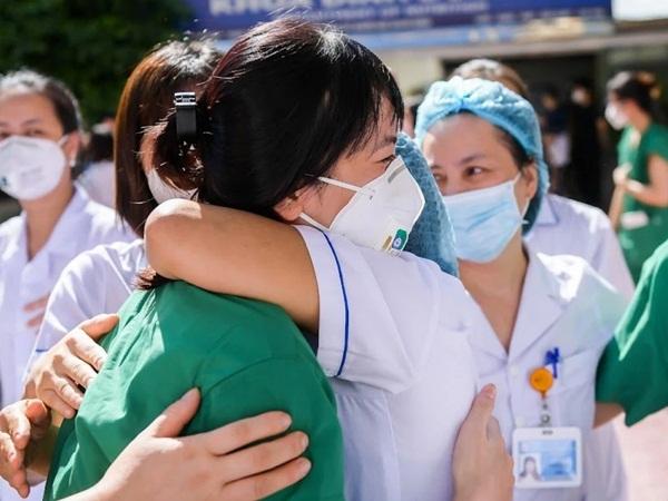 Lực lượng y tế hỗ trợ chống dịch sẽ rút khỏi TP.HCM trước ngày 15/10