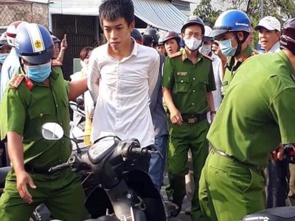 Hai thanh niên cầm súng giả cướp ngân hàng tại Hà Tiên