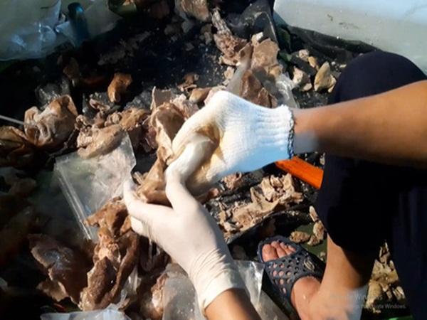 Bao tử lợn chứa đầy 'chất cấm' trở thành món hàng 'quý giá', giúp ông trùm Đài Loan chuyển hàng nóng từ VN sang TQ