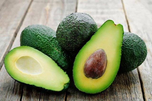 4 loại trái cây được xem là 'thần dược' khi ăn vào buổi sáng nhưng sẽ 'rước họa vào thân' nếu ăn vào buổi tối - Ảnh 1