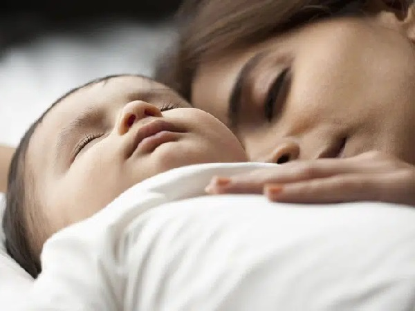 Con mà cứ ngủ theo 3 tư thế này bảo sao lại bị thấp còi 'gầy trơ xương', mẹ nhìn thấy thì phải sửa ngay