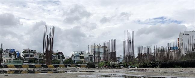 Hàng trăm dự án bất động sản ở TP.HCM cận kề cái chết - Ảnh 2