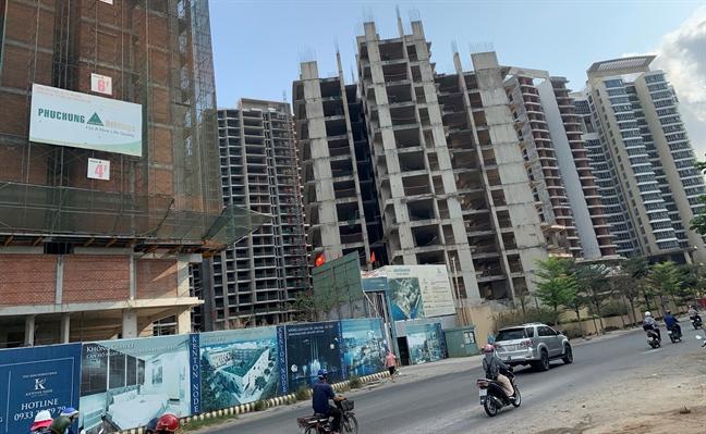 Hàng trăm dự án bất động sản ở TP.HCM cận kề cái chết - Ảnh 6