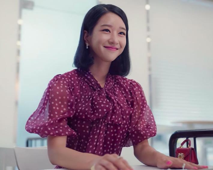 Seo Ye Ji biến hóa khôn lường với 5 kiểu cực sang khi để tóc bob, chị em học theo thì dễ ăn điểm xịn mịn - Ảnh 4